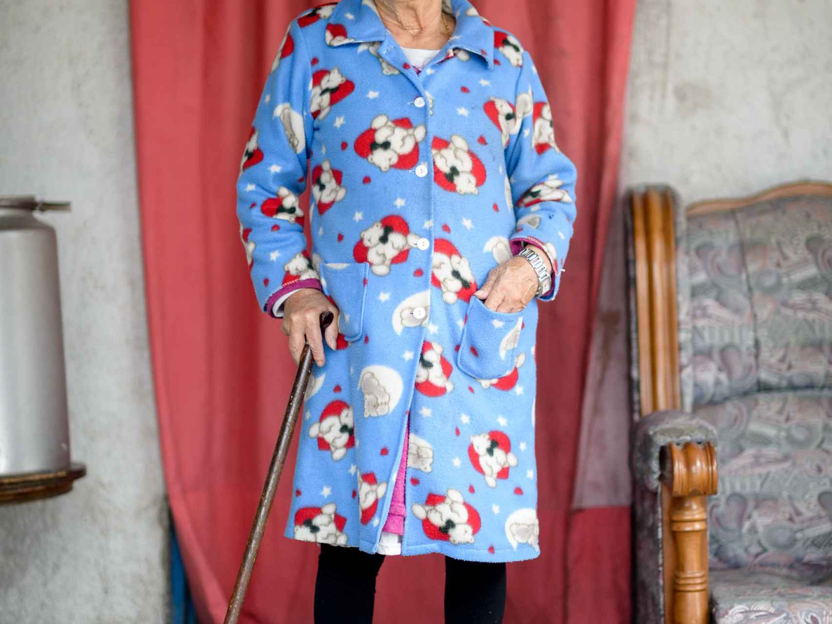Mercedes lleva 18 años sin salir de la Cañada.